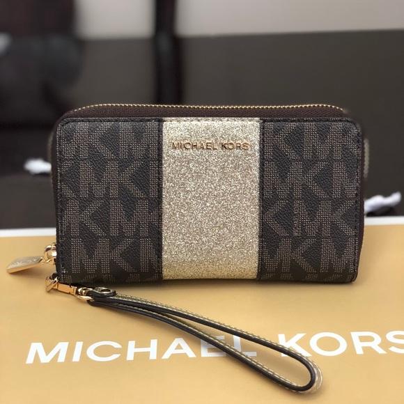 9b5d15d2314f23 MICHAEL Michael Kors Bags   Michael Kors Jet Set Center Stripe ...